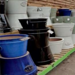 Ceramic pots for sale at Tapps